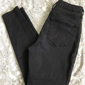 Old navy high waist jeans size 8